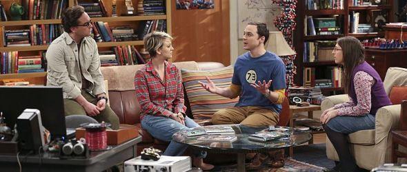 Von links: Leonard, Penny, Sheldon und Amy