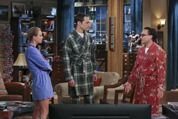 Penny Sheldon und Leonard diskutieren