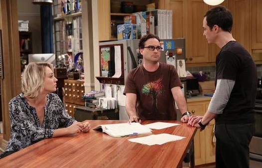 Penny und Leonard reden mit Sheldon