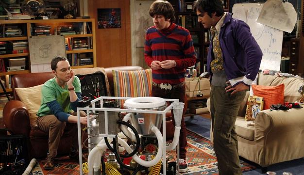 Sheldon, Howard und Raj suchen eine Lösung