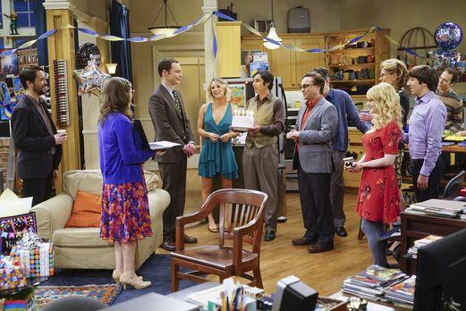 Alle gratulieren Sheldon zum Geburtstag