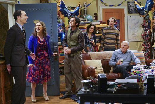 Sheldon erhält eine Überraschungsparty von Amy